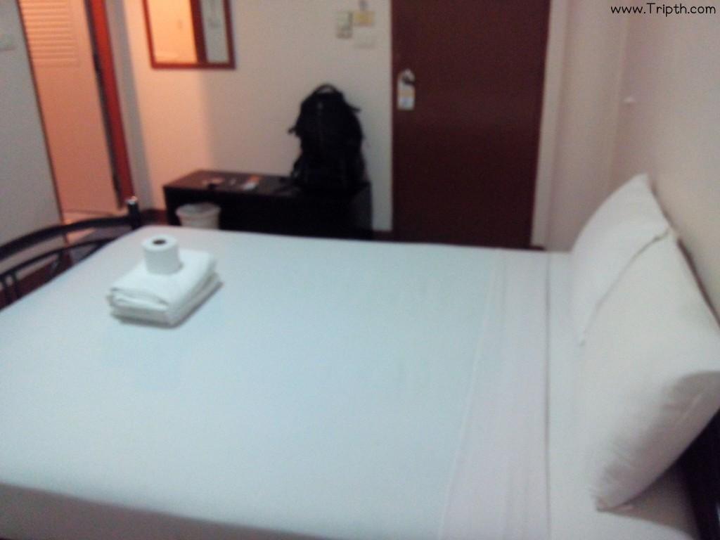 ห้องพักสะอาดใช้ได้เลย ที่พักใกล้ถนนข้าวสาร ลัคกี้ เฮ้าส์ ถนนข้าวสาร By Ttipth (4)