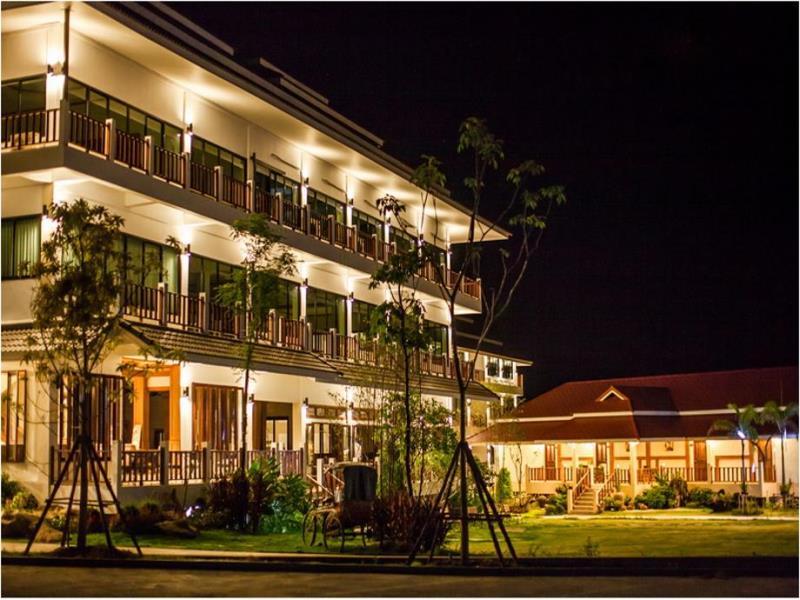 เชียงคาน ริเวอร์ เมาท์เท่น รีสอร์ต (Chiangkhan River Mountain Resort) (1)