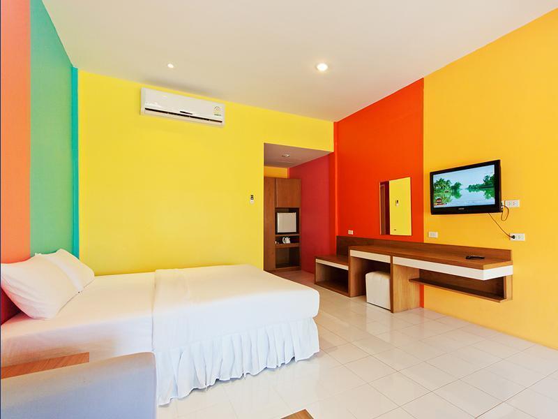 ซานาดู บีช รีสอร์ท เกาะล้าน (Xanadu Beach Resort Koh Lan)