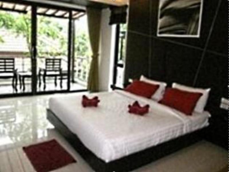 ซิลเวอร์ แซนด์ (Silver Sand Hotel)