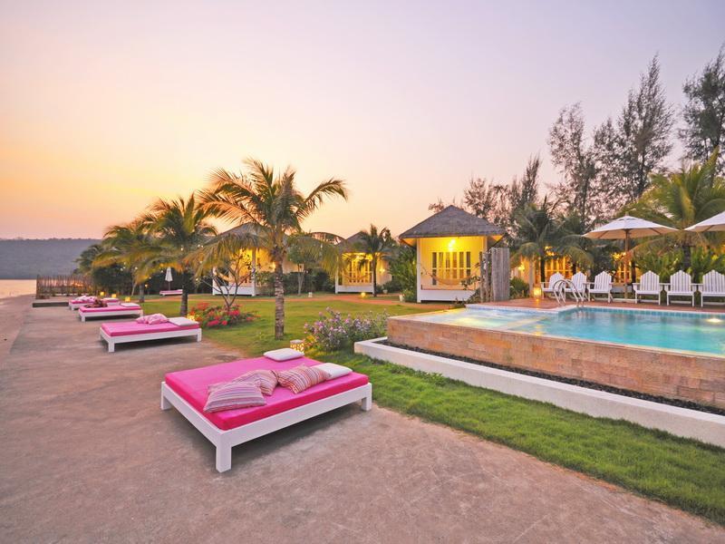 ซี โคโค่ รีสอร์ทซี โคโค่ รีสอร์ท (Sea Coco Resort)