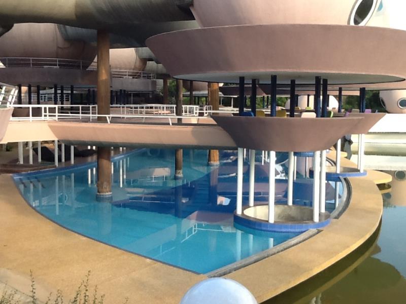ดีเอ็นเอ รีสอร์ท แอนด์ สปา (DNA Resort And Spa)