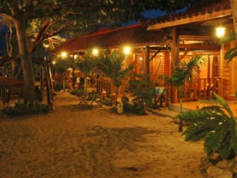 ต้นสัก รีสอร์ท (Tonsak Resort)