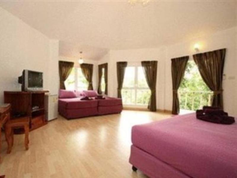 นิมมานรดี รีสอร์ท (Nimmanoradee Resort)