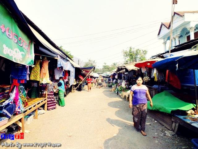 บรรยากาศตลาดพม่า