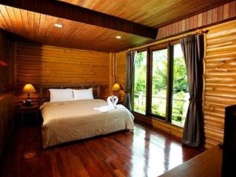 บลูส์ ริเวอร์ รีสอร์ท จันทบุรี (Blues River Resort Chanthaburi)