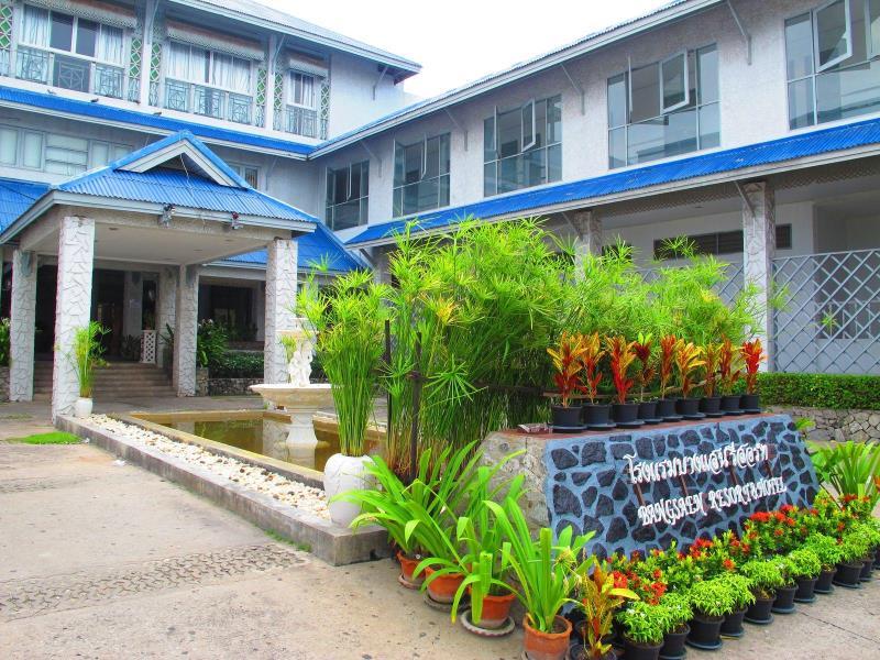 บางแสน รีสอร์ท (Bangsaen Resort)