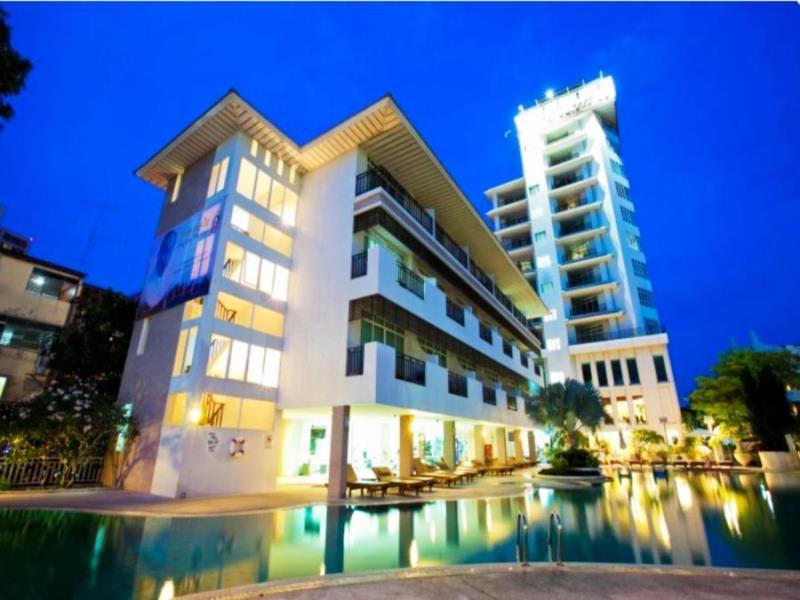 พัทยา ดิสคัฟเวอรี่ ชิค ทาวน์เวอร์ (Pattaya Discovery Chic Tower Beach Hotel)