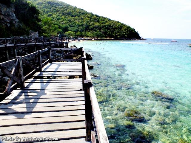 สะพานหาดสังวาลย์
