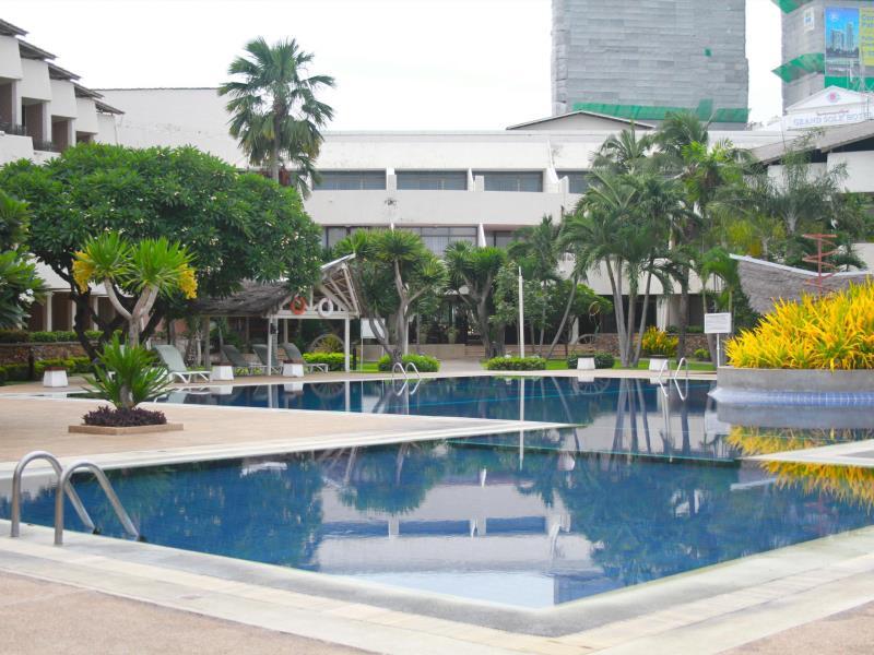 โรงแรมทรอปิคานา (Tropicana Hotel)
