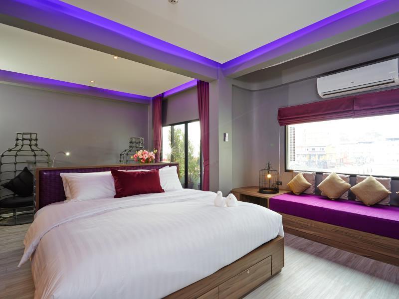 โรงแรมทวีต ทวีต เนสท์ พัทยา (Tweet Tweet Nest Pattaya Hotel)