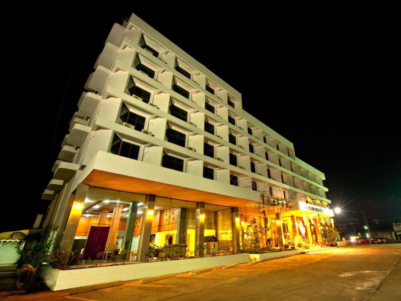 โรงแรมพะเยา นอร์เทิร์นเลค (Phayao Northern Lake Hotel)