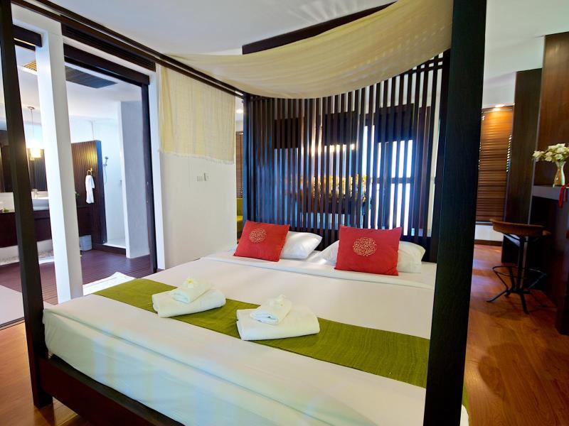 โรงแรมวิลลา พาราดี (Villa Paradis Hotel)