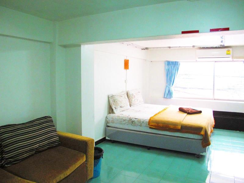 โรงแรมเอ็นจอย พัทยา (Enjoy Pattaya Hotel)