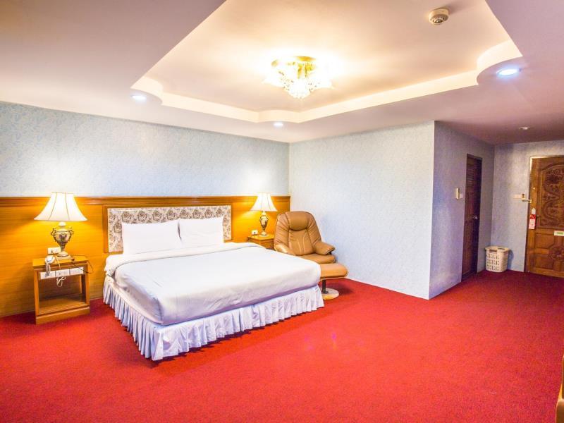 โรงแรมเอ็นทีเค เรสซิเดนซ์ (NTK Residence Hotel)