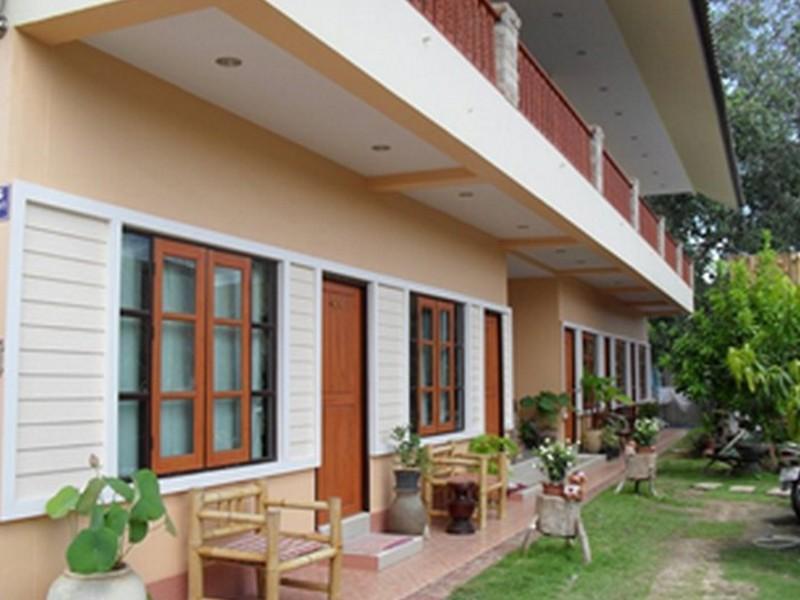 ไทย เกสท์เฮาส์ (Thai Guesthouse)