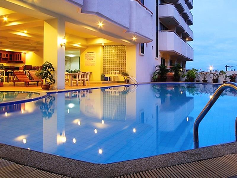 ไมค์ บีช รีสอร์ท พัทยา (Mike Beach Resort Pattaya)