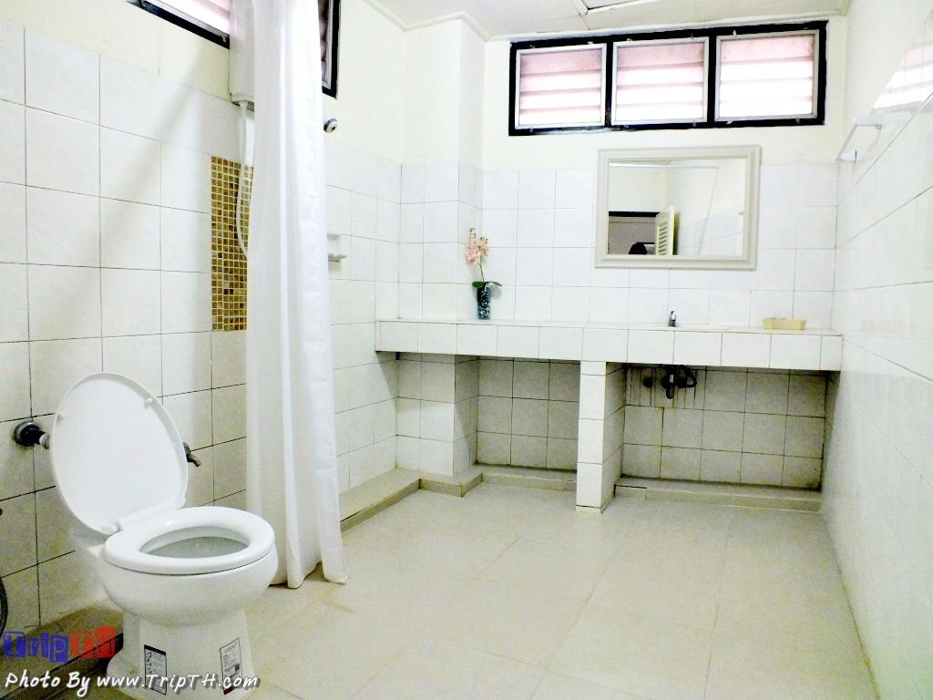 ห้องน้ำสะอาด และกว้างมาก