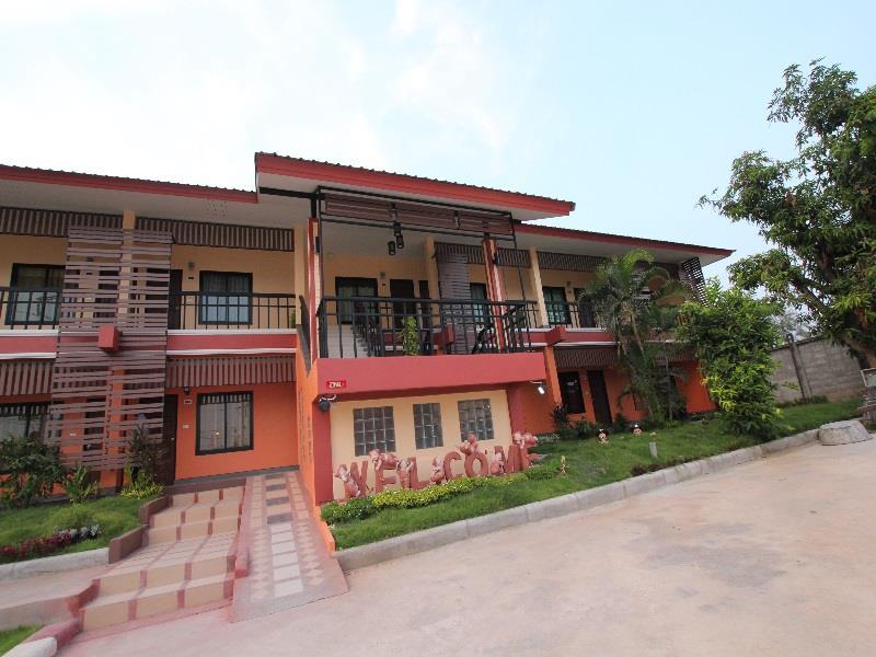 ฉางทอง ลอดจ์ โฮเต็ล แอนด์ เรสเทอรองต์ (Chang Thong Lodge Hotel & Restaurant)