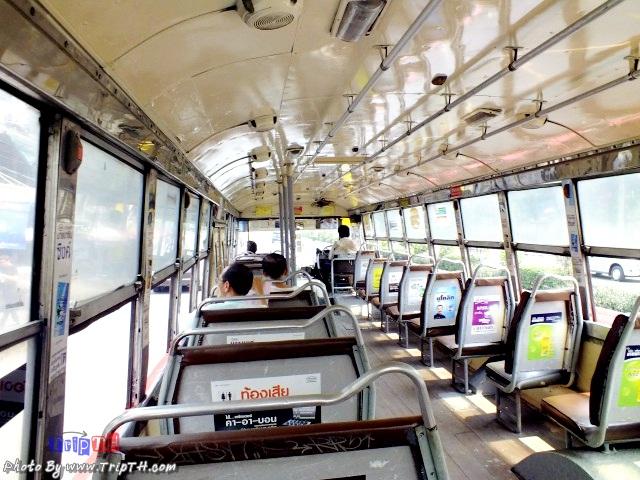 นั่งรถเมล์ สาย 47 เข้าไปที่ท่าเรือคลองเตย