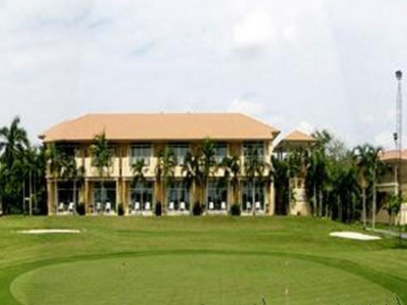 บูรพา กอล์ฟ แอนด์ รีสอร์ท (Burapha Golf and Resort)