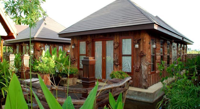 ประจวบการ์เด้นท์วิว รีสอร์ท (Prachuap Garden View Resort)