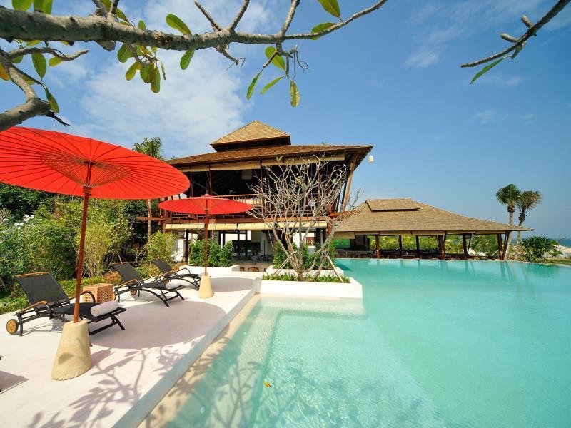 ยายย่า รีสอร์ท (YaiYa Resort)