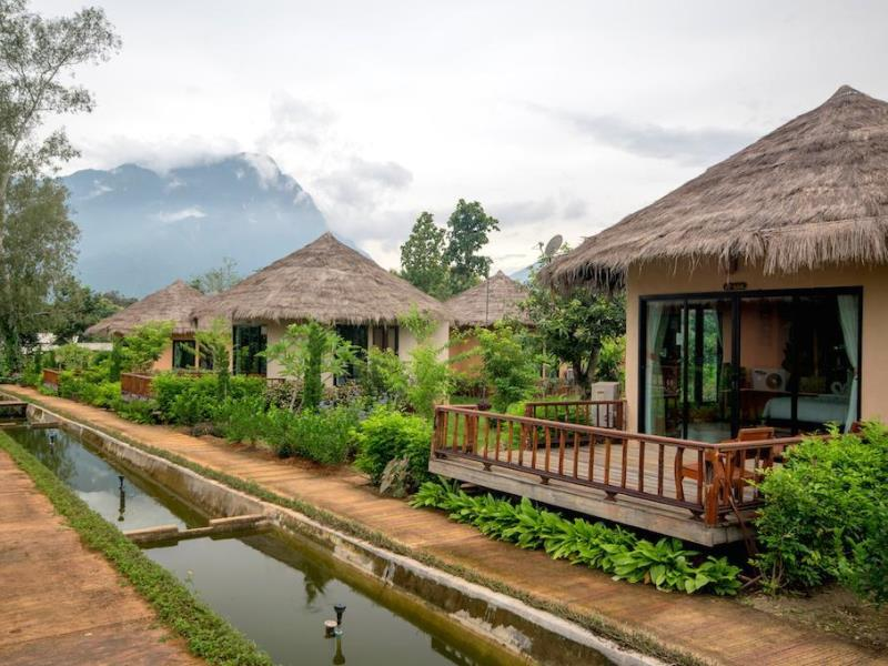 ออโรร่า รีสอร์ท เชียงดาว (Aurora Resort Chiang Dao)