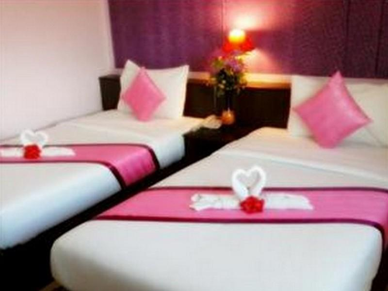 เรือนชบา รีสอร์ท (Ruanchaba Resort)