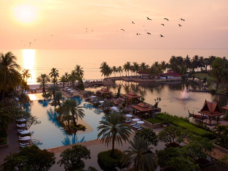 โรงแรมดุสิตธานี หัวหิน (Dusit Thani Hua Hin Hotel)