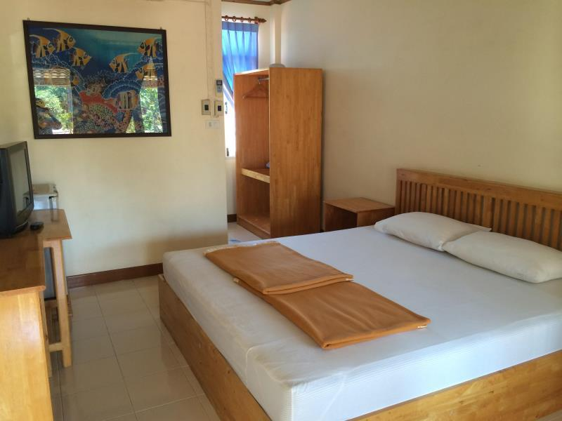 โรงแรมบ้านบางนางรม (Ban Bangnangrom Hotel)