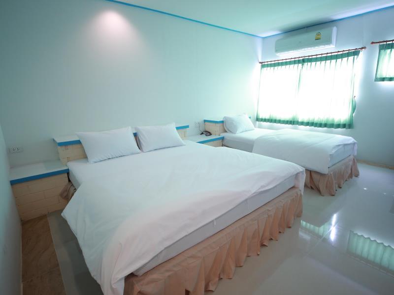 โรงแรมประจวบ สามอ่าว (Prachuap Samm Ao Hotel)