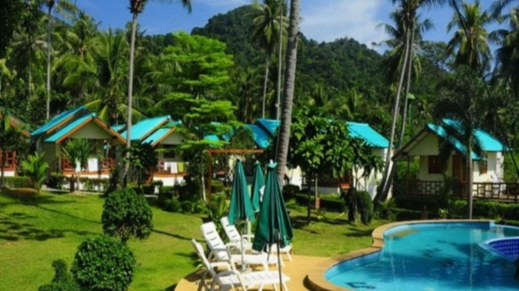 กรีน คอทเทจ บีช รีสอร์ท (Green Cottage Beach Resort)