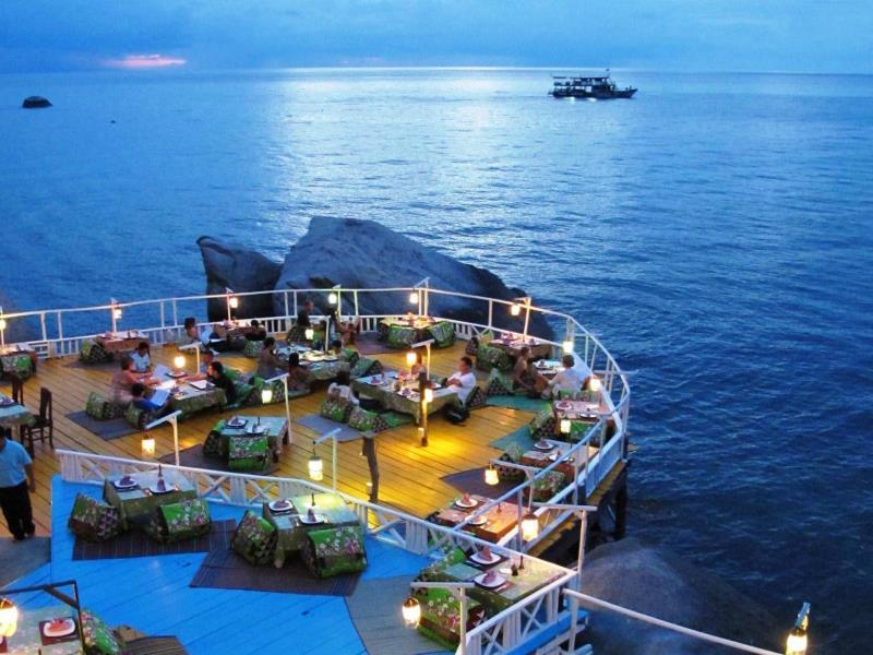 จามจุรี วิลเลจ รีสอร์ท (Charm Churee Village Resort)