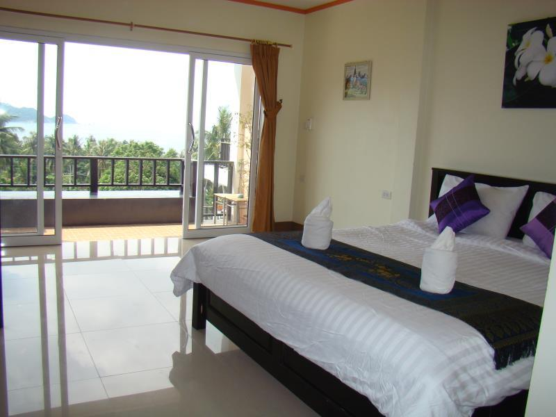 ทรายรี ซีวิว (Sairee Sea View Hotel)