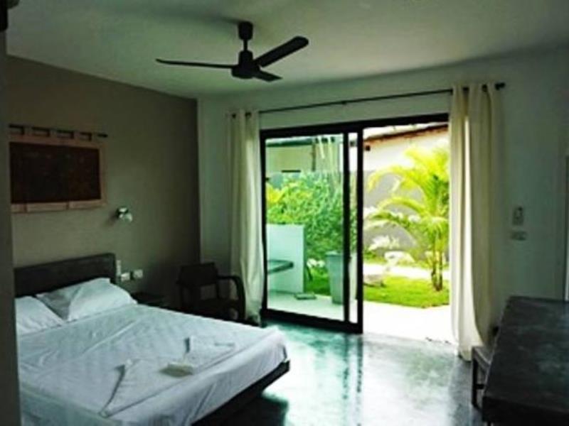ทรายรี ทรายรี เกสท์เฮาส์ (Sairee Sairee Guesthouse)
