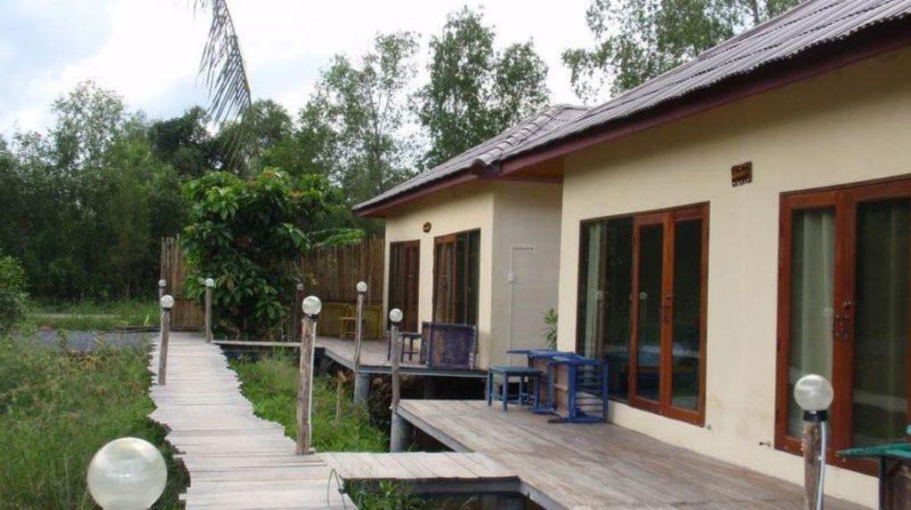 บางไทร คอตเทจ (Bangsrai Cottage)