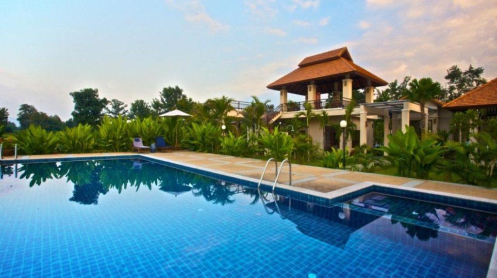 ปาล์ม สปา วิลเลจ รีสอร์ต (Palm Spa Village Resort)