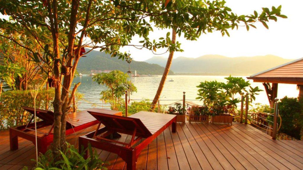 ภูวาริน รีสอร์ท (Bhuvarin Resort)