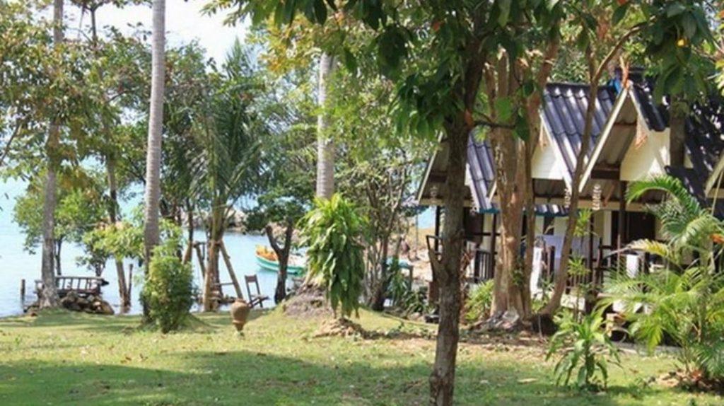 วนาลี รีสอร์ท (Vanalee Resort)