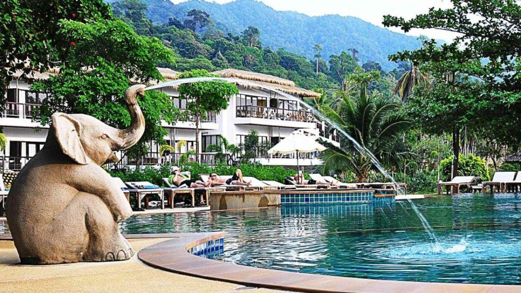 สยามบีช รีสอร์ท (Siam Beach Resort)