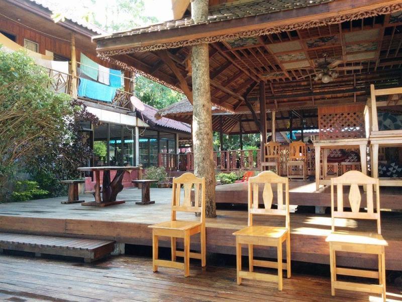 เกาะเต่า บีชไซด์ รีสอร์ท (Koh Tao Beachside Resort)