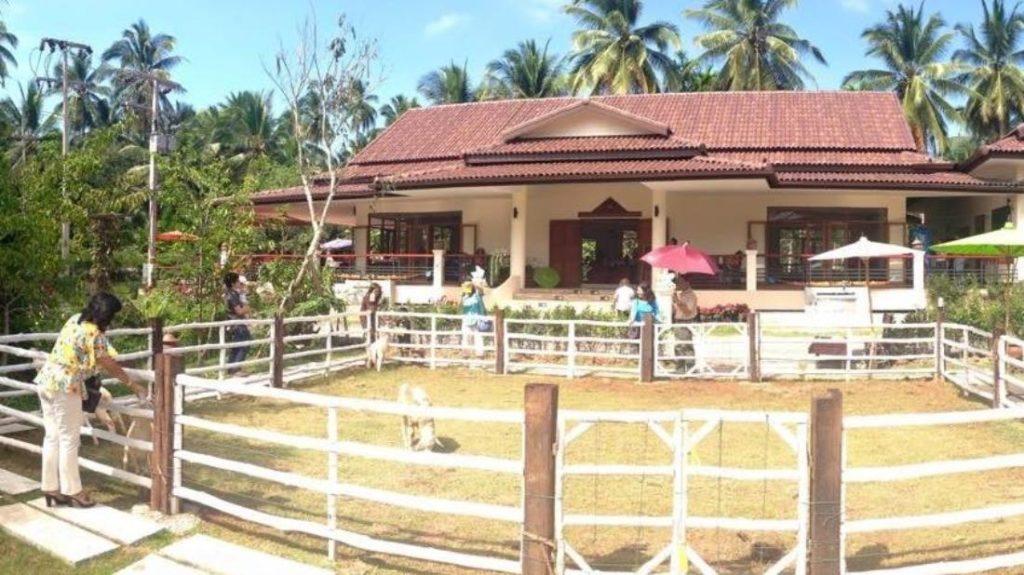 เรือนไทยในบาง บาย พันธ์ศักดิ์ รีสอร์ต (Ruean Thai Nai Bang by Pansak Resort)