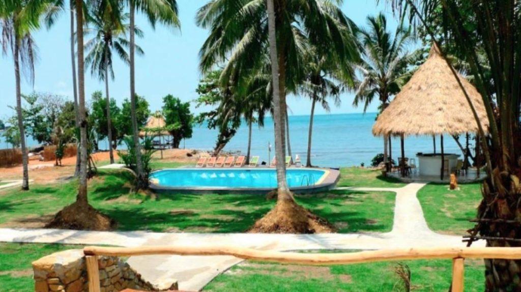 เอลเลแฟนต์ เบย์ รีสอร์ต (Elephant Bay Resort)