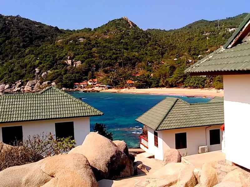 แฟมิลี่ โตนด เบย์ รีสอร์ต (Family Tanote Bay Resort)