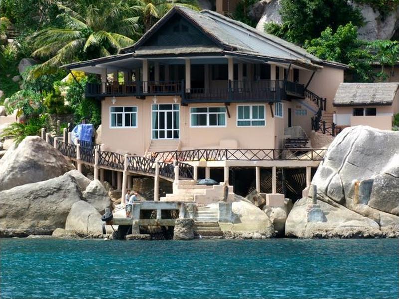 แมงโก้ เบย์ บูติค รีสอร์ท (Mango Bay Boutique Resort )