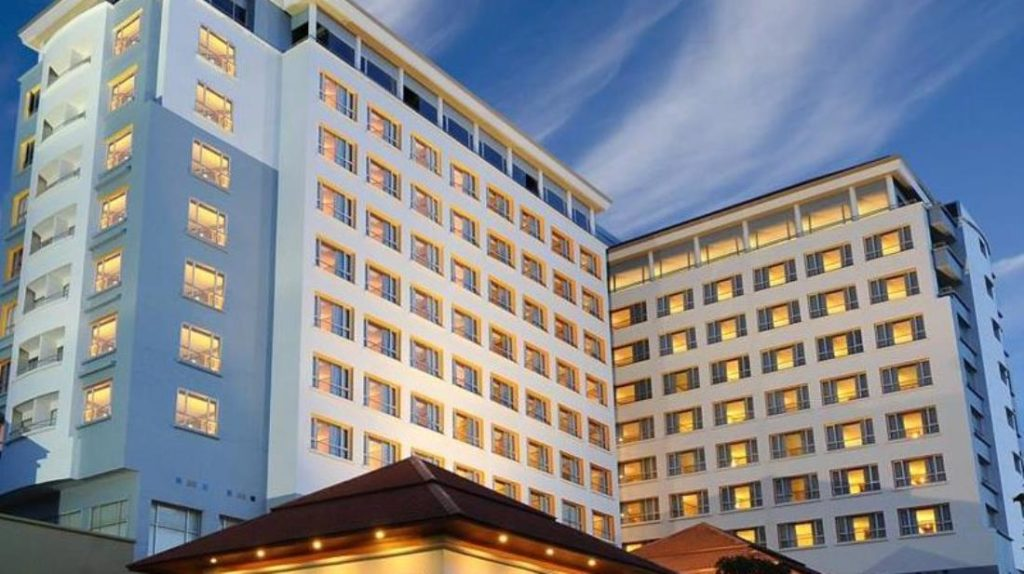 โรงแรมเค พาร์ค แกรนด์ (K Park Grand Hotel)