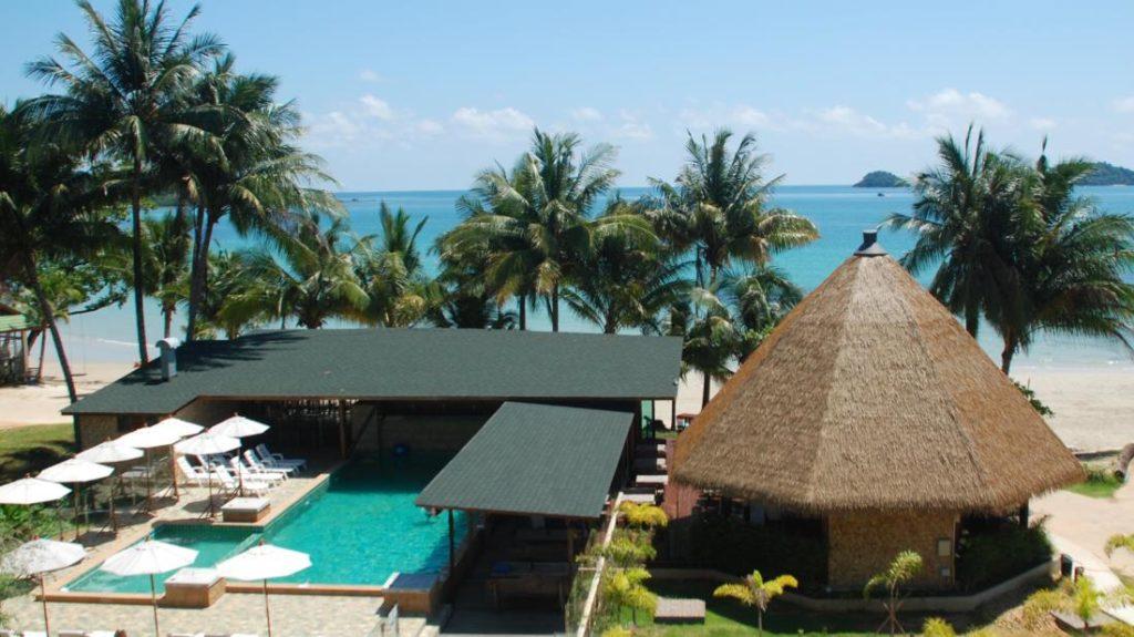ไก่แบ้ บีช รีสอร์ท เกาะช้าง (Kai Bae Beach Resort Koh Chang)