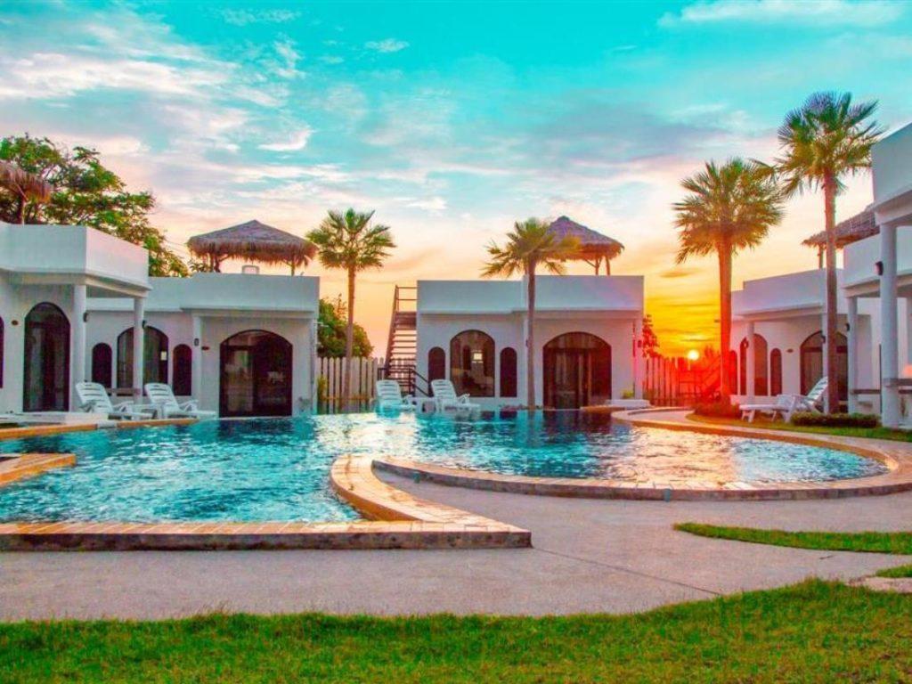 คาลารอสเต้ ลันตา เดอะ ไพรเวท รีสอร์ท (Chalaroste Lanta The Private Resort)