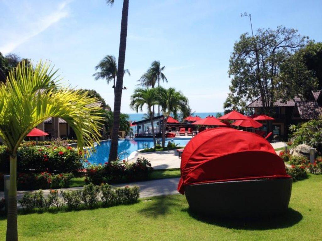 รอยัลบีช บูทิค รีสอร์ต แอนด์ สปา (Royal Beach Boutique Resort and Spa)
